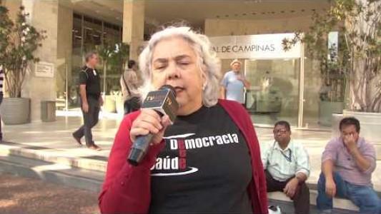 Ato de entrega dos abaixo assinados contra o desmonte da saúde em Campinas